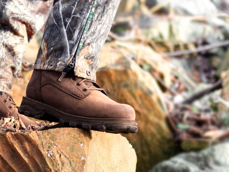 rocky mountain stalker insulated lightweight hunting boots for cold weather